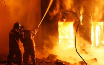 В Дзержинске сгорел цех по розливу растворителей