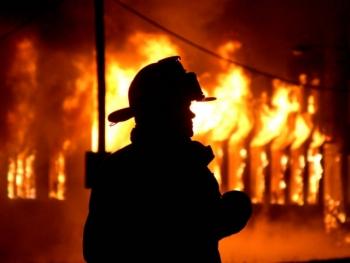Двое мужчин сгорели в бытовке в Нижегородской области