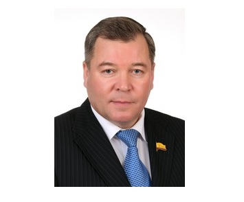 Вице-спикер Госсовета Чувашии Николай Малов получил мандат депутата Госдумы Марата Сафина
