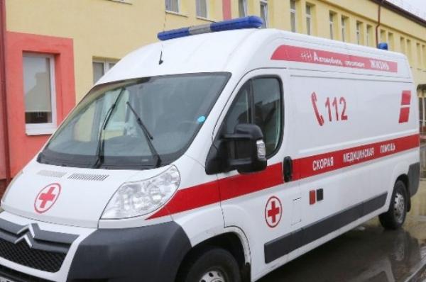 В Ваче автомобиль сбил школьниц на дороге, одна скончалась в больнице