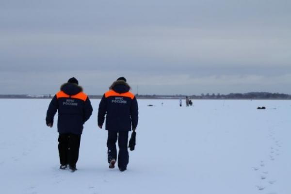 Четверо мужчин провалились под лед в Нижегородской области