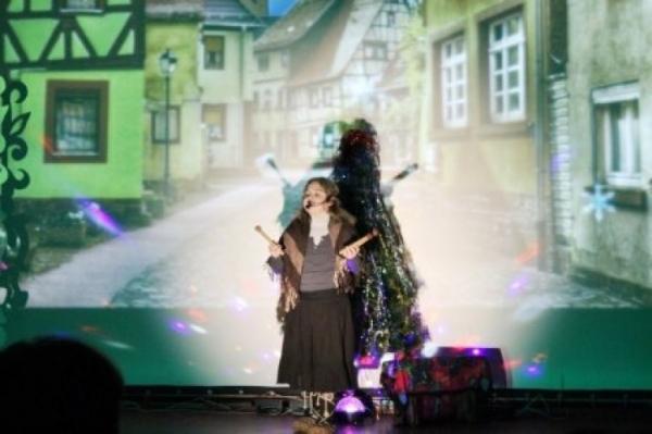 В Лукоянове прошел рождественский спектакль для детей  «Девочка со спичками»