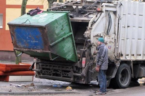 Водитель мусоровоза, раздавивший пожилого нижегородца, пойдет под суд