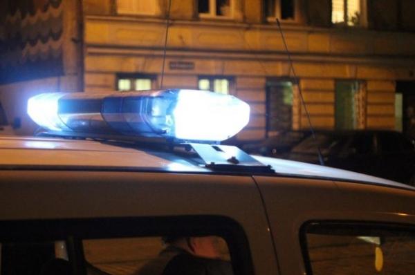 В Нижнем Новгороде неопытная автоледи сбила двух дорожных рабочих