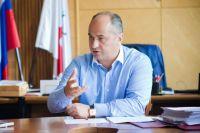 Экс-глава администрации Нижнего Новгорода Кондрашов заочно арестован