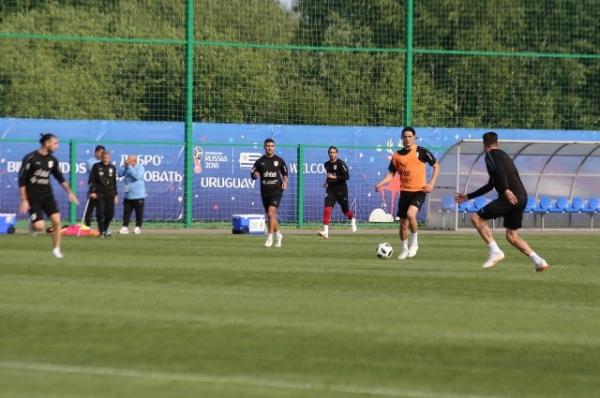 «Почти как дома». Как сборная Уругвая в России готовится к матчам ЧМ-2018