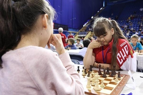 Юные и быстрые. Нижегородские шахматистки покоряют Минск