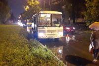 В Нижнем Новгороде девочка попала под колеса маршрутки