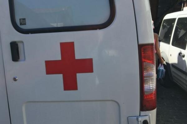 В центре Нижнего Новгорода автомобиль врезался в скорую помощь
