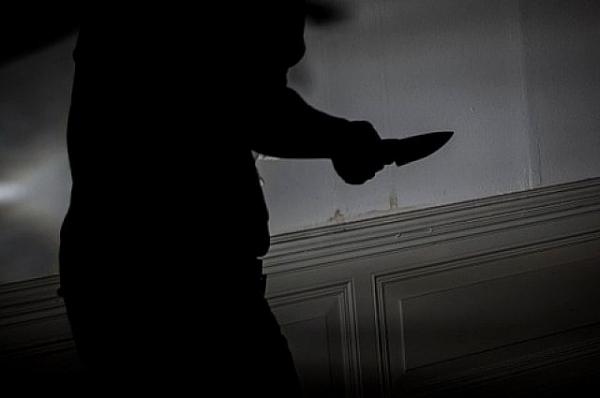 Жительницу Нижнего Новгорода чуть не убил отвергнутый ей иностранец