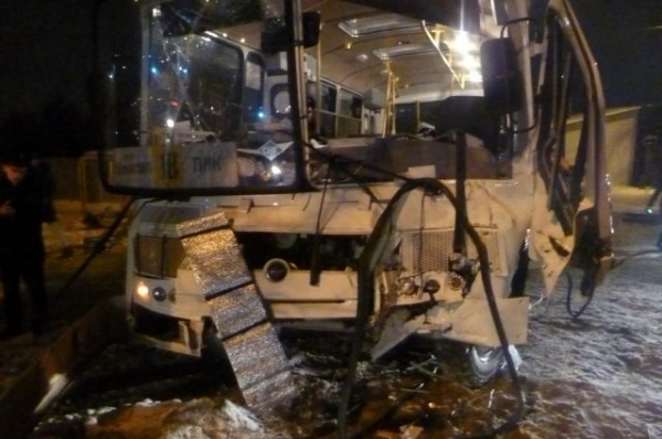 В Нижегородской области в ДТП с автобусом пострадали 13 человек