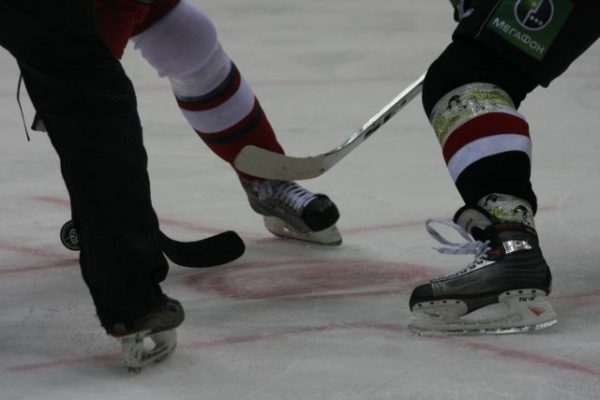 Нижегородское «Торпедо» победило «Витязь» в серии буллитов