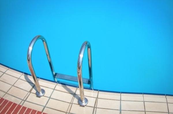 Начались гидроиспытания чаши нижегородского бассейна «Дельфин»