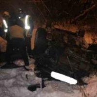 Автомобиль упал с моста на улице Ванеева в Нижнем Новгороде