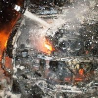 Грузовик и легковой автомобиль сгорели в Нижегородской области