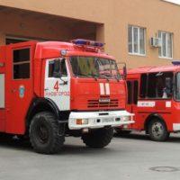 Крупный пожар уничтожил деревообрабатывающий цех в Вачском районе