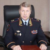 Начальник Управления на транспорте МВД РФ по ПФО Владимир Берглезов освобожден от занимаемой должности