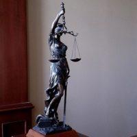 Суд снял с выборов в ЗакСобрание депутата Андрея Тарасова