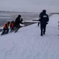 Спасатели МЧС помогли спрыгнувшему с Канавинского моста мужчине