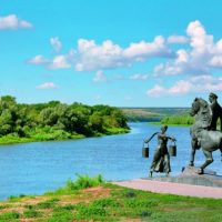 Экономический потенциал Ростовской области оценил в Госдуме «депутатский треугольник»