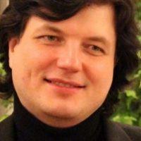Панихида по погибшему в Ту-154 Андрею Савельеву пройдет в Сартакове