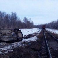 Появились фото ДТП на железной дороге в Нижегородской области