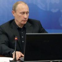 Дайджест недели: Путин-хакер, кандидат Навальный, Шаев и другое
