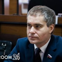 Владимир Панов сложил полномочия депутата Госдумы