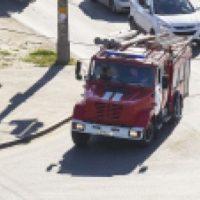 Девять пожарных тушили автомобиль «ВАЗ» в поселке Неклюдово