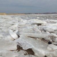 Нижегородцев просят не выходить на лед из-за потепления