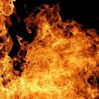 Большегрузный автомобиль сгорел дотла на трассе в Кстовском районе
