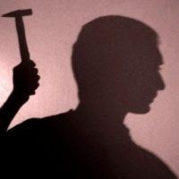 Мужчина убил молотком знакомого из-за бутылки водки и зарезал пенсионерку в Нижегородской области