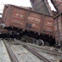 Криминалисты работают на месте схода вагонов в Дзержинске