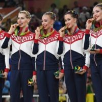 Шанцев пообещал поощрить гимнастку Максимову за победу на ОИ-2016