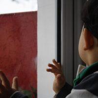 В Нижнем Новгороде трехлетний мальчик упал с балкона второго этажа