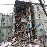 «Мы бомжи с Самочкина». Жильцы рухнувшего дома не дождутся новоселья