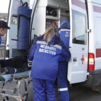 Мотоциклист врезался в маршрутку на остановке в Нижнем Новгороде