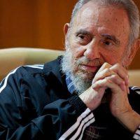 Дайджест недели: умер Кастро, двухходовка Сорокина, памятная доска Немцову и другое