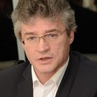 Отказ от пенсионной реформы приведет к политическому коллапсу — Семенов