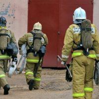 Пожар в автомойке тушили на улице Рельсовая в Нижнем Новгороде