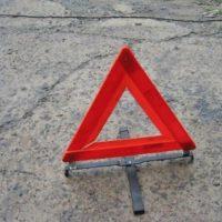 В Нижнем Новгороде на улице Янки Купалы внедорожник снес остановку