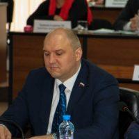 Суд рассмотрит иск о признании аттестата и диплома нижегородского депутата Гельжиниса недействительными