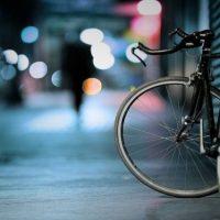 Автомобиль сбил школьника на велосипеде и скрылся в Дзержинске