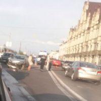 Очевидец сообщил о массовом ДТП на Нижневолжской набережной