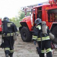 В Дзержинске сгорел грузовик и два автомобиля в его кузове