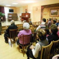 12 мая 2016 года в 15 часов в Центральной районной библиотеке им. А.С. Пушкина состоится встреча с писательницей Е.А.Крюковой