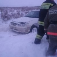 Два человека погибли в провалившемся под лед автомобиле в Нижнем