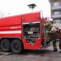 В Дзержинске потушили пожар в металлическом торговом киоске