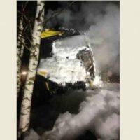 В Дзержинске Chevrolet врезался в фуру и загорелся, погиб водитель