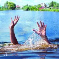Тонущего четырехлетнего ребенка спасли на озере в Нижнем Новгороде